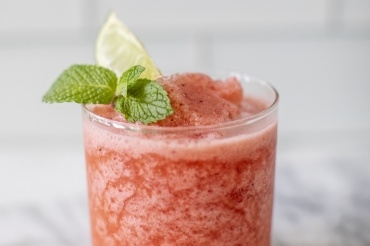 Strawberry-Mint Frose