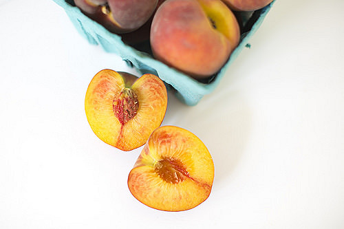 How to Peel and Dice a Peach